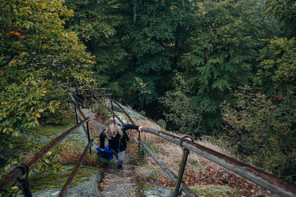 Der Aufstieg zur Schüssel auf dem Waldstein ist steinig und schwer