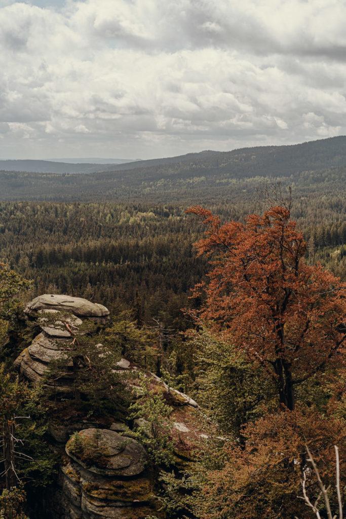 Aussicht vom Gipfelfelsen des Rudolfstein im Fichtelgebirge