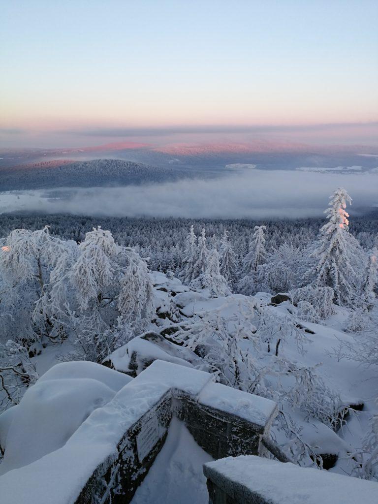 Kösseine bei Sonnenaufgang im Winter