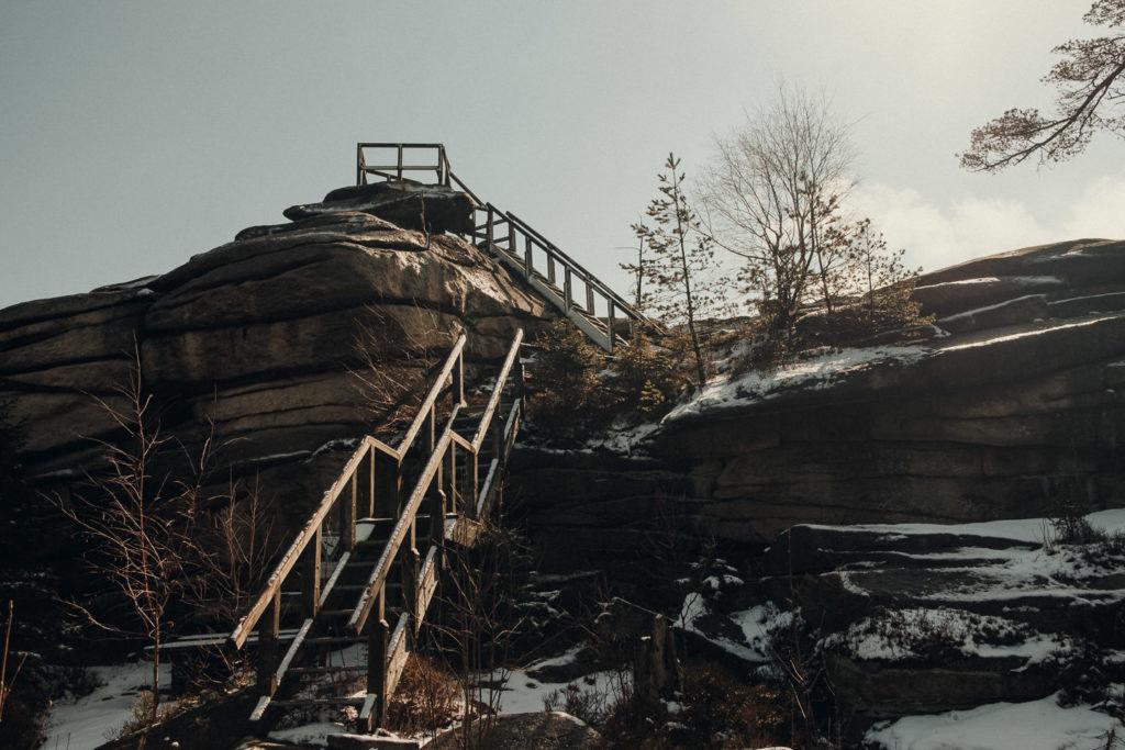 Treppen zum Burgstein