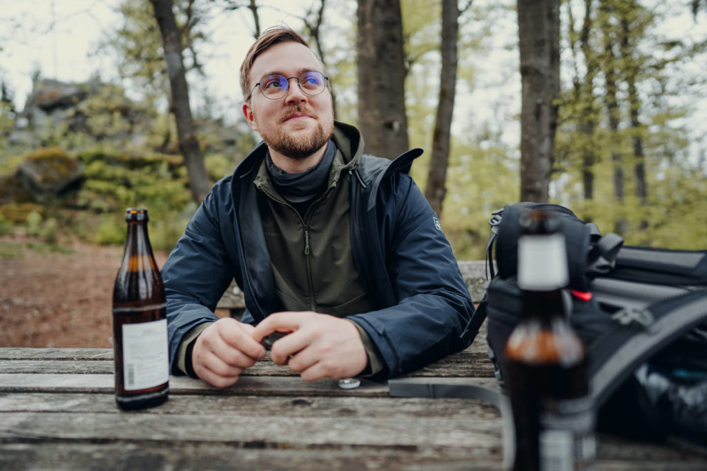 Verdientes Bier am Fuße der hohen Matze