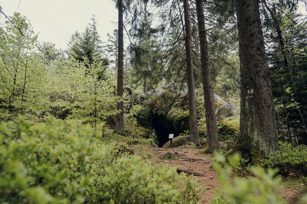 Der Eingang zur Girgelhöhle